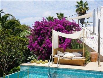 ittoec25e6amazing-villa-for-sale-situated-in-