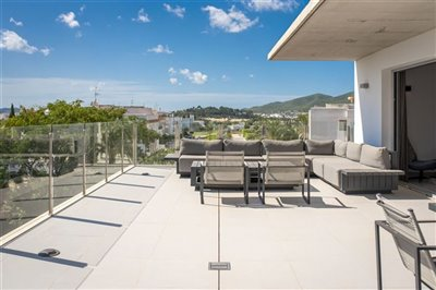 tma1n4gsdodunique-penthouse-for-sale-situated