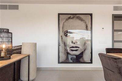 lwarrr82hunique-penthouse-for-sale-situated-i