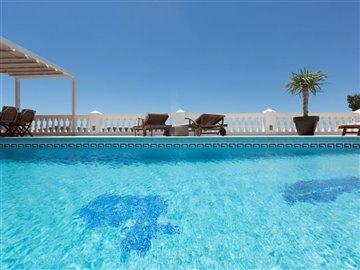 kovm8vjkfdlbeautiful-villa-with-great-pool-ar