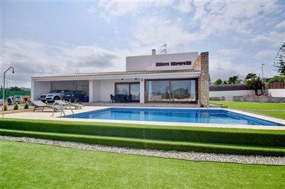 uwn2yn99appmodern-house-with-touristic-licenc
