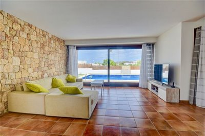 3s469mrbxjzmodern-house-with-touristic-licenc