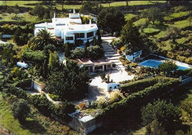 h7y6e2qg6grbeautiful-authentic-finca-with-gue