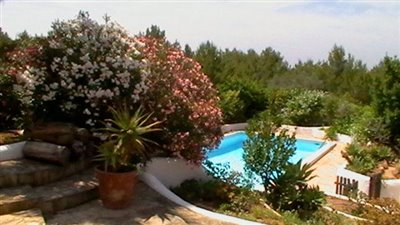 vhljd2qr9icbeautiful-authentic-finca-with-gue