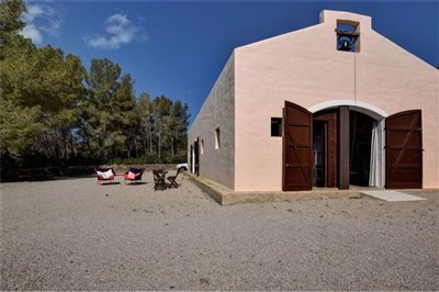 785crnrh89brural-house-with-guest-house2011