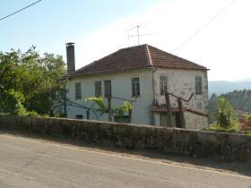 Oliveira de Frades, Farmhouse