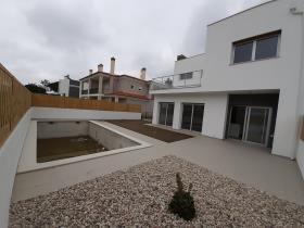 Image No.0-Villa / Détaché de 3 chambres à vendre à Obidos
