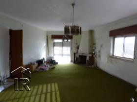 Image No.3-Maison de 4 chambres à vendre à Caldas da Rainha