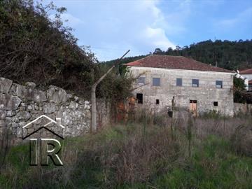 1 - São Pedro do Sul, Country Property