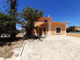 Image No.6-Villa de 3 chambres à vendre à Nadadouro