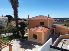 Image No.0-Villa de 3 chambres à vendre à Nadadouro