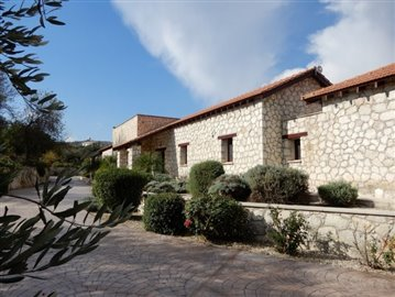 22301-a-private-five-bedroom-villa-in-giolou-