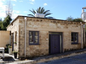 18956-a-vintage-3-bedroom-stone-property-in-a