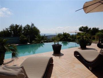 20771-a-private-four-bedroom-villa-with-annex