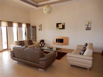 20775-a-private-four-bedroom-villa-with-annex