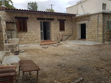 21559-a-two-bedroom-stone-house-for-sale-at-a