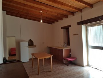 21562-a-two-bedroom-stone-house-for-sale-at-a