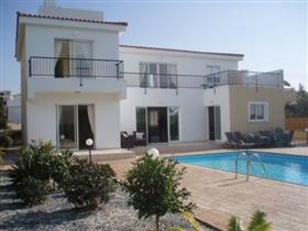Agios Georgios, Villa