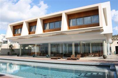 14532-exclusive-luxuries-front-line-villas-in