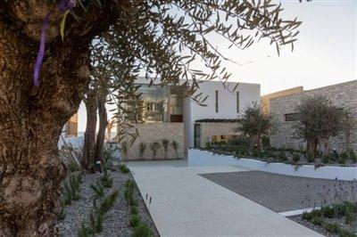 14537-exclusive-luxuries-front-line-villas-in