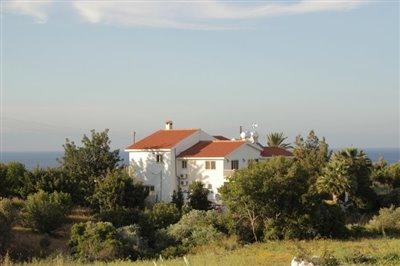 14902-a-delightful-six-bedroom-villa-bungalow