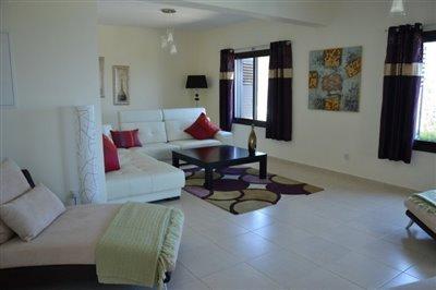 17135-a-luxurious-three-bedroom-villa-in-neo-