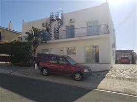 Emba, Townhouse