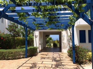 24789-detached-villa-for-sale-in-latchifull
