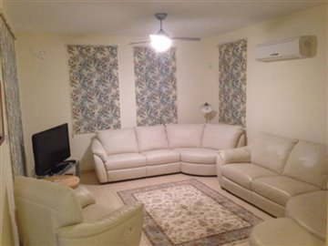 24797-detached-villa-for-sale-in-latchifull