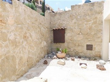 24884-detached-villa-for-sale-in-tsadafull