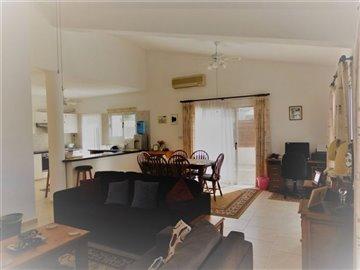 26102-bungalow-for-sale-in-agios-georgiosfull