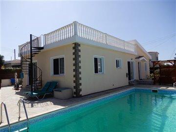 26095-bungalow-for-sale-in-agios-georgiosfull