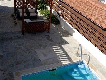 26100-bungalow-for-sale-in-agios-georgiosfull