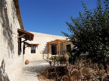 26538-detached-villa-for-sale-in-kallepiafull