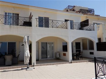 26421-town-house-for-sale-in-peyiafull