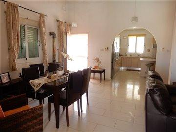 29047-bungalow-for-sale-in-mandriafull