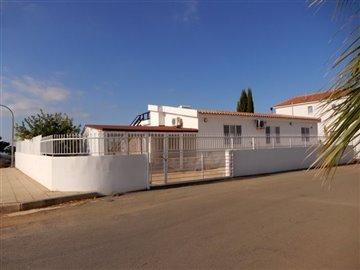 29064-bungalow-for-sale-in-mandriafull