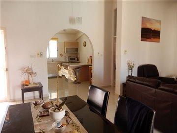 29045-bungalow-for-sale-in-mandriafull