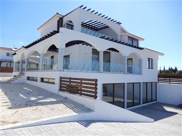 29252-detached-villa-for-sale-in-peyiafull