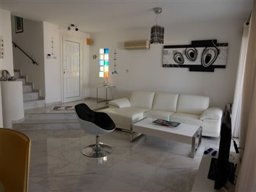 28838-town-house-for-sale-in-chlorakasfull