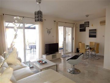 28828-town-house-for-sale-in-chlorakasfull