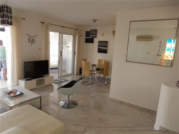 28826-town-house-for-sale-in-chlorakasfull