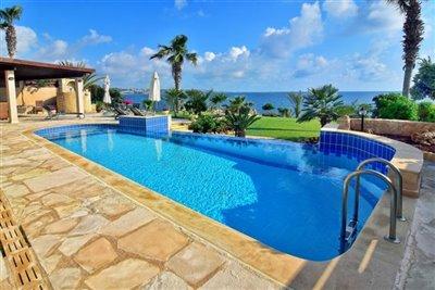 29500-detached-villa-for-sale-in-coral-bayful