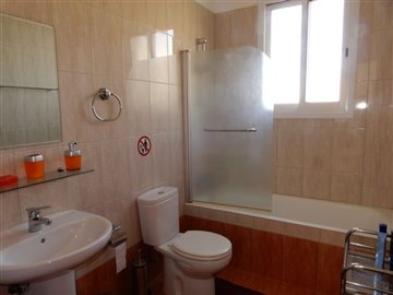29957-apartment-for-sale-in-peyiafull