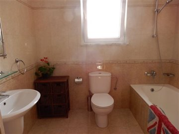 29978-detached-villa-for-sale-in-kato-pafos-u