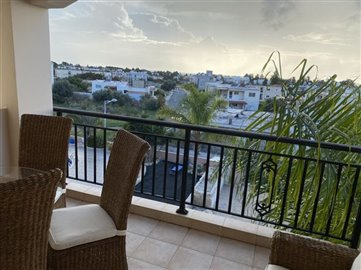 30462-apartment-for-sale-in-kato-pafos-univer