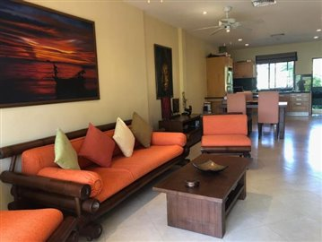 Lounge---Dining-Area