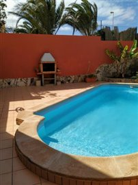 TH-137_3_Private-pool