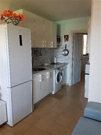 APT-374_12_kitchen-2--2-