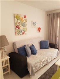DUP-360_3_LIVING-ROOM